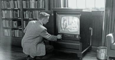 war_TV
